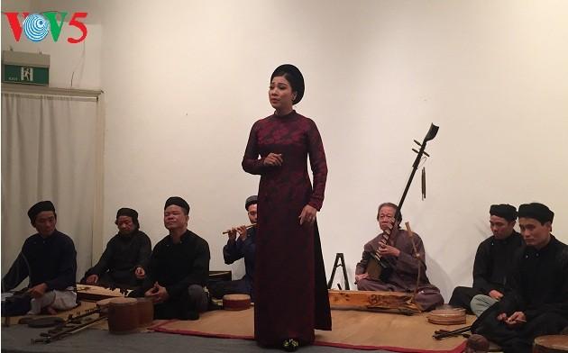 Goethe-Institute concert combines German poems, Vietnamese folk music - ảnh 1