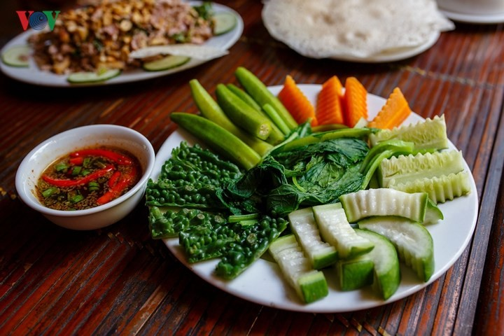 Must-try dishes in Hue - ảnh 14