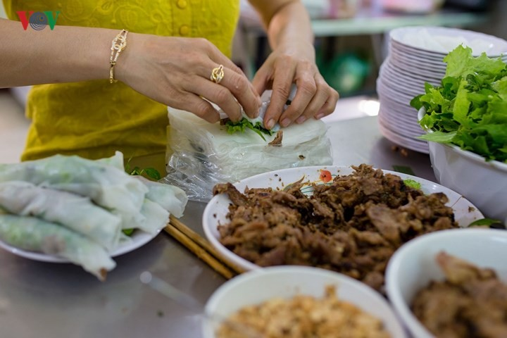 Must-try dishes in Hue - ảnh 6