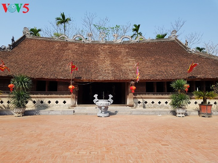 Tuong Phieu communal house, a special national relic site in Hanoi - ảnh 2