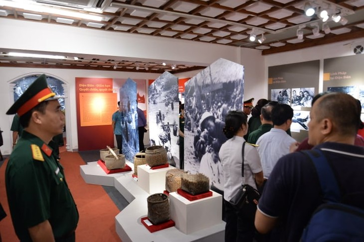 Hanoi exhibition honors militia forces of Dien Bien Phu campaign - ảnh 4