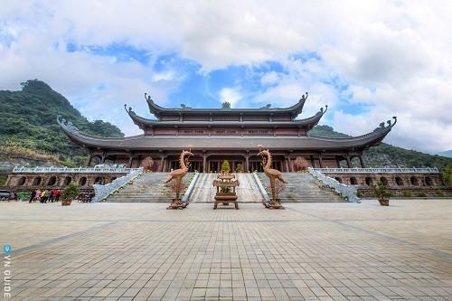 Tam Chuc Pagoda - an attractive spiritual tourism complex in Vietnam - ảnh 2