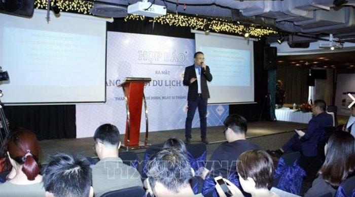 Vietnam's first social travel network debuts - ảnh 1