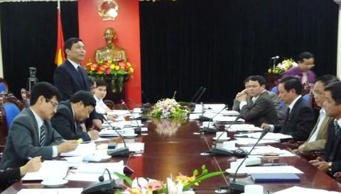 Aufsichtsgruppe des Parlaments arbeitet in Hanoi und Hoa Binh - ảnh 1