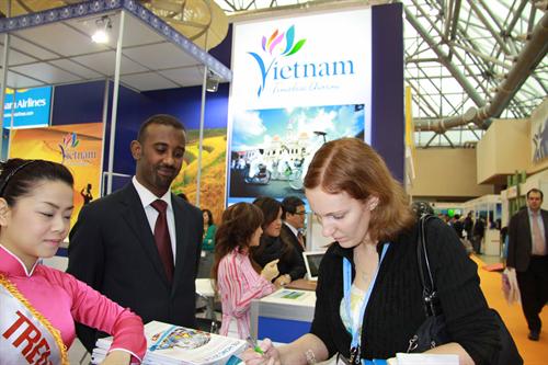 Vietnam nimmt an der Tourismusmesse in Moskau teil - ảnh 1