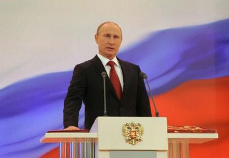 Russischer Präsident Wladimir Putin vereidigt - ảnh 1