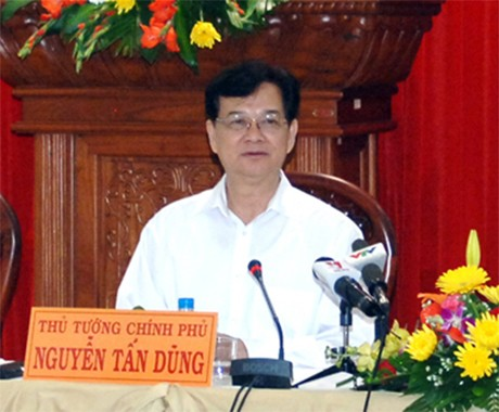 Premierminister Nguyen Tan Dung besucht die Provinz Tien Giang - ảnh 1