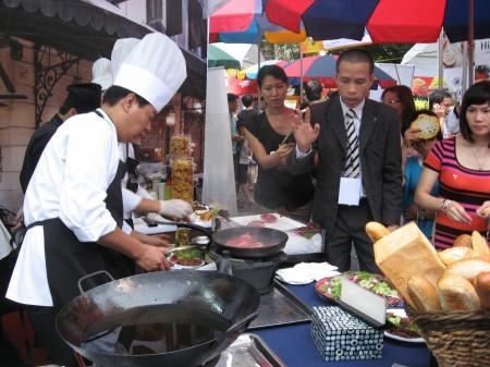 Europäisches kulinarisches Festival in Hanoi - ảnh 4