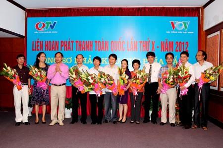 Eröffnung des Festivals der Radiosender 2012 - ảnh 1