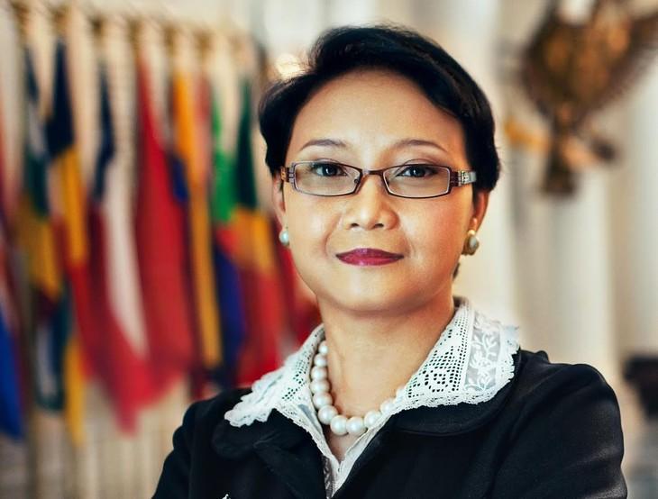 Indonesiens Präsident stellt sein neues Kabinett vor - ảnh 1