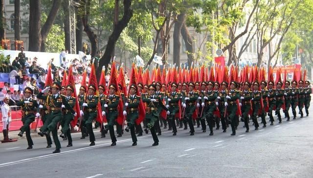 Russische Spitzenpolitiker gratulieren Vietnam zum 40. Jahrestag der Vereinigung des Landes - ảnh 1