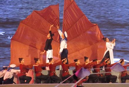 Eröffnung des 4. Feuerblumenfests in der Hafenstadt Hai Phong - ảnh 1