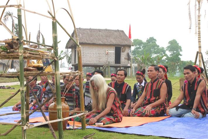 Die Volksgruppe der Van Kieu - ảnh 1