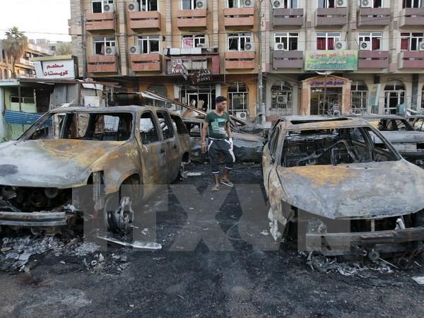 Elf Menschen kommen bei Bombenanschlag im Irak ums Leben - ảnh 1