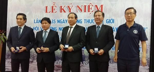 Vietnam begrüßt den Welternährungstag 2015 - ảnh 1