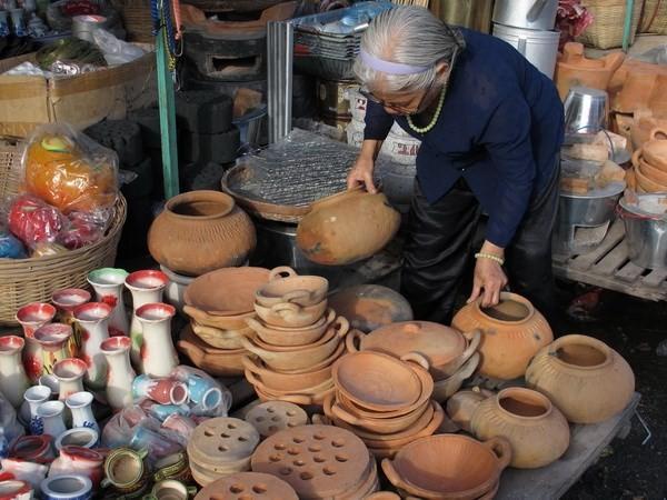 Dau Doi, das traditionelle Keramik-Dorf im Kreis Hon Dat - ảnh 1