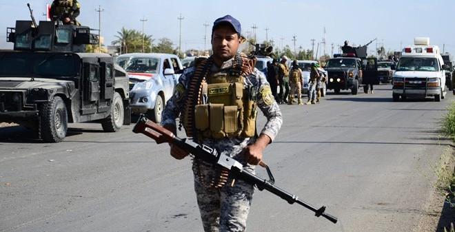 Dutzende Menschen kommen bei Selbstmordanschlag im Irak ums Leben - ảnh 1