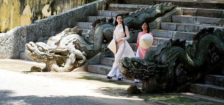 "Fotoausstellung ""Hanoi in mir"" in Thang Long-Zitadelle - ảnh 1"