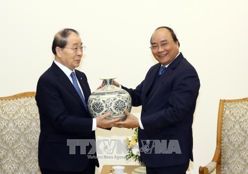 Premierminister: Vietnam schafft günstige Bedingungen für ausländische Investoren - ảnh 1