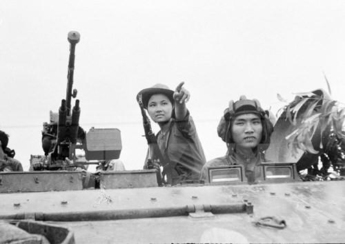 Aufklärung für die Jugendliche über die Generaloffensive im Frühling 1968 - ảnh 1