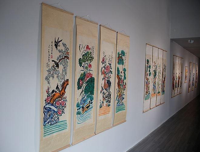 Ausstellung der Hang Trong-Bilder: alte und neue Geschichte - ảnh 1