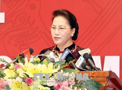 Parlamentspräsidentin Nguyen Thi Kim Ngan empfängt Delegation des russischen Parlaments - ảnh 1