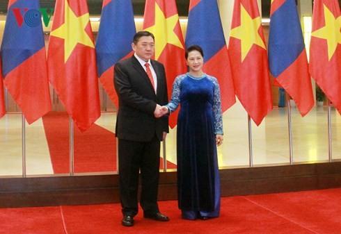 Vietnam achtet auf die Entwicklung freundschaftlicher Zusammenarbeit mit der Mongolei - ảnh 1
