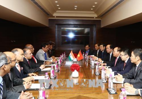 Premierminister: Vietnam will günstige Bedingungen für indische Investoren schaffen - ảnh 1