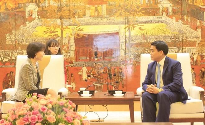Feier zum 45. Jahrestag der Aufnahme diplomatischer Beziehung zwischen Vietnam und Italien in Hanoi - ảnh 1