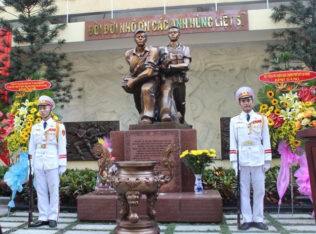 Einweihung des Denkmals der Soldaten und bewaffneten Streitkräfte Saigons - ảnh 1