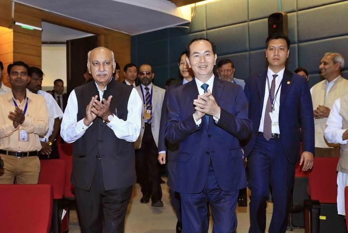 Der Indien-Besuch des Staatspräsidenten Tran Dai Quang geht zu Ende - ảnh 1