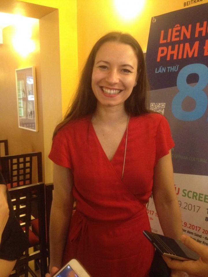 """Treffen mit der Regisseurin des Films """"24 Wochen"""" Anne Zohra Berrached in Vietnam - ảnh 1"""