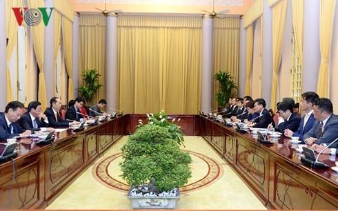 Staatspräsident Tran Dai Quang empfängt den japanischen Konzern Mainichi - ảnh 1