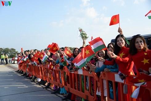 KPV-Generalsekretär Nguyen Phu Trong beginnt Besuch in Ungarn - ảnh 1