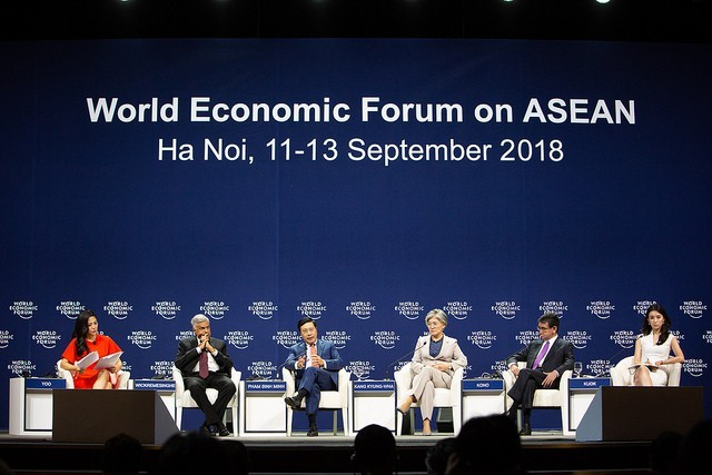 Diskussionen im Rahmen des Weltwirtschaftsforums für ASEAN - ảnh 1