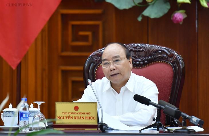 Premierminister Nguyen Xuan Phuc leitet Sitzung über die Veranstaltung von Vesak 2019 - ảnh 1