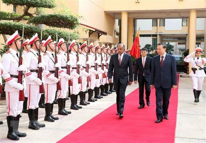 Vietnam und Singapur wollen die Bekämpfung gegen Verbrechen - ảnh 1