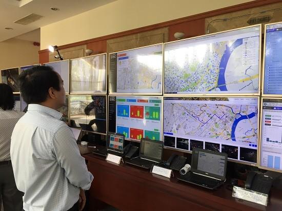 Preisverleihung für sechs Gruppen bei der Anwendung von Informationstechnologien beim Bau von Smartcities - ảnh 1