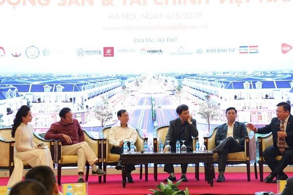 Forum zum Panorama der Immobilien und Finanzmärkten in Vietnam - ảnh 1