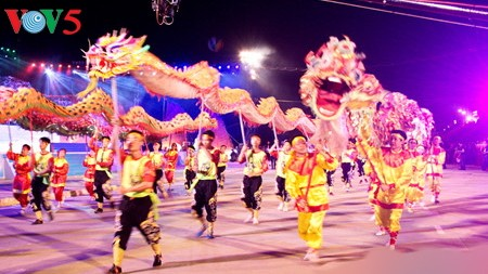 """Glowing Ha Long"" to replace Quang Ninh's annual Carnival - ảnh 1"