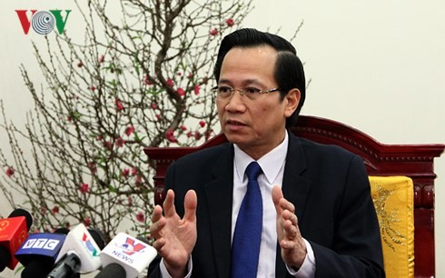 Labor, health ministries promise better service  - ảnh 1