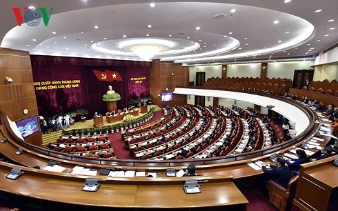 Personnel work heats up Party Central Committee session - ảnh 1