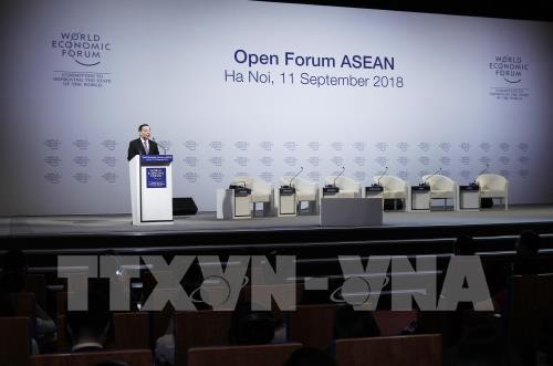 """ASEAN 4.0 for All"" forum raises curtain for WEF on ASEAN 2018  - ảnh 1"