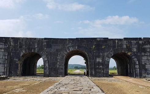 US funds renovation of Ho Dynasty Citadel gate - ảnh 1