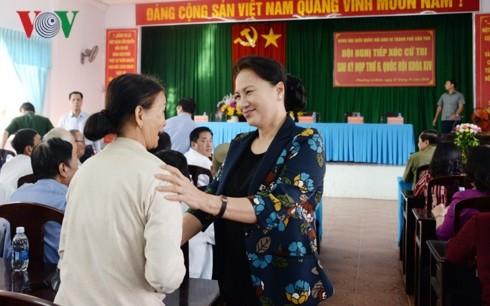 Top legislator reaffirms Vietnam's resolve to fight corruption  - ảnh 1