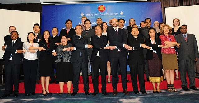 Foreign experts concerned about maritime security in East Sea  - ảnh 1