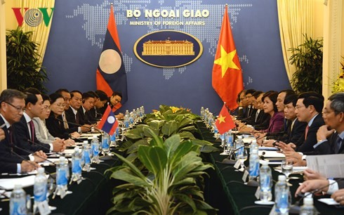 การประชุมทาบทามทางการเมืองรัฐมนตรีต่างประเทศเวียดนาม-ลาวครั้งที่4 - ảnh 1