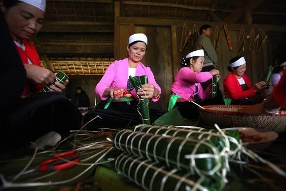 ประเพณีการต้อนรับปีใหม่ของชนเผ่าต่างๆในเวียดนาม - ảnh 2