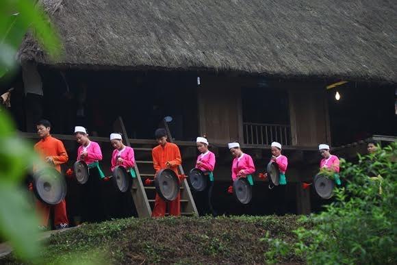 ประเพณีการต้อนรับปีใหม่ของชนเผ่าต่างๆในเวียดนาม - ảnh 3