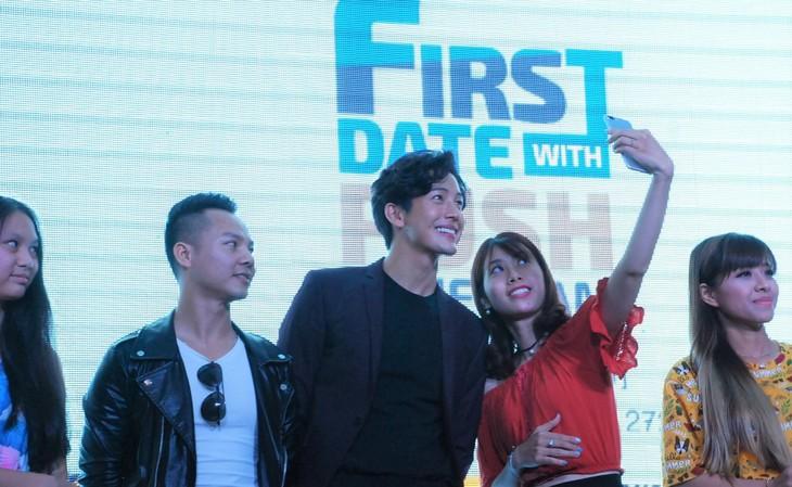 พุฒิชัย เกษตรสิน (DJ Push) กับงานพบปะแฟนคลับเวียดนามเป็นครั้งแรก - ảnh 7